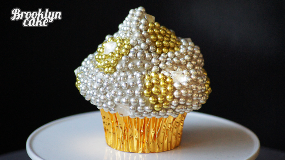 gold cupcake horizontal1 Wedding Cakes