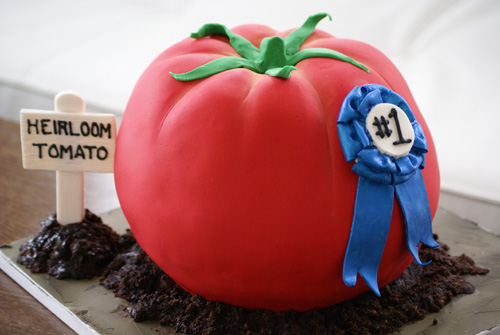 tomatoe cake Birthday Cakes